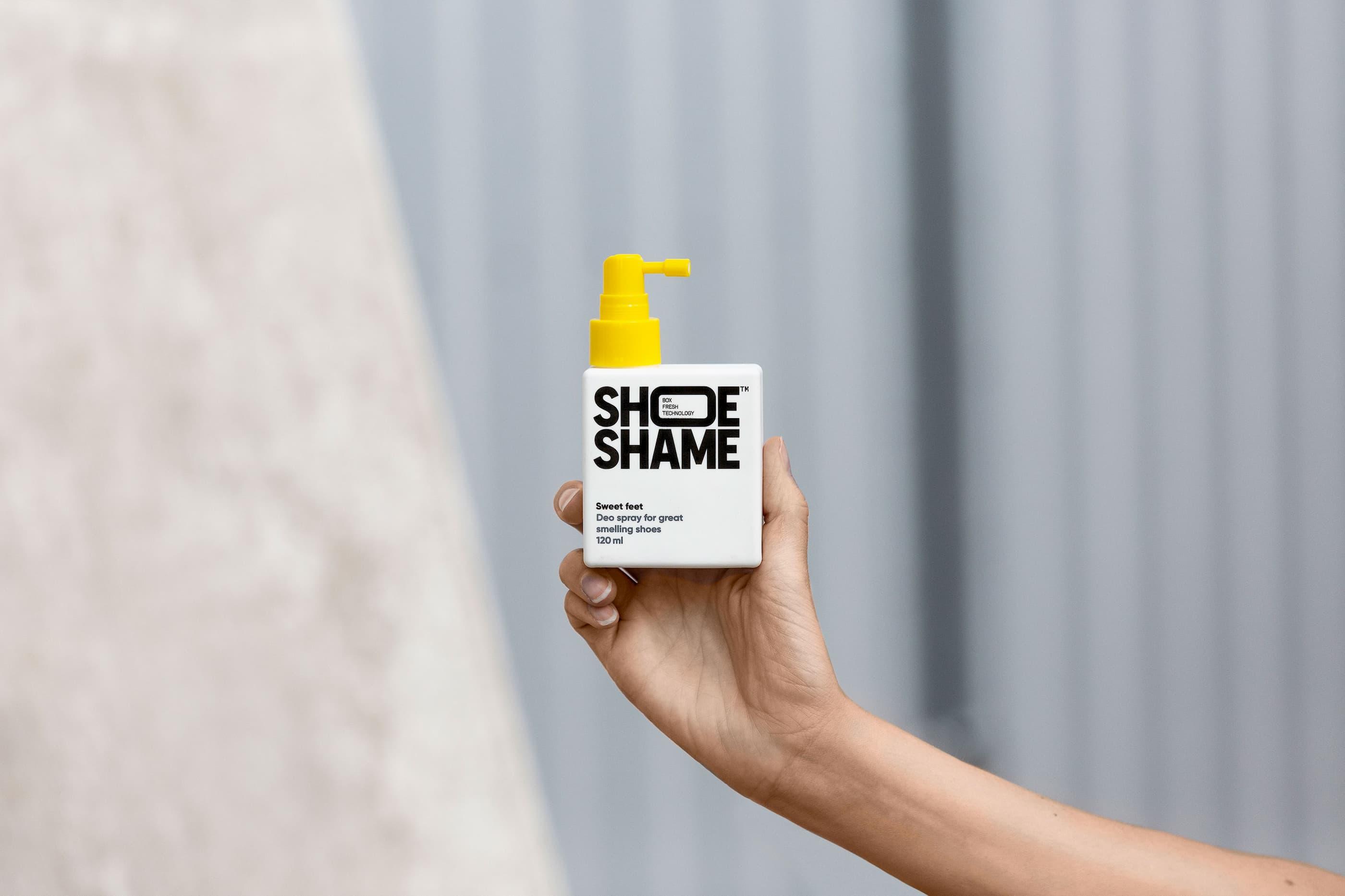 Happy F&B - Shoeshame produktfotografering